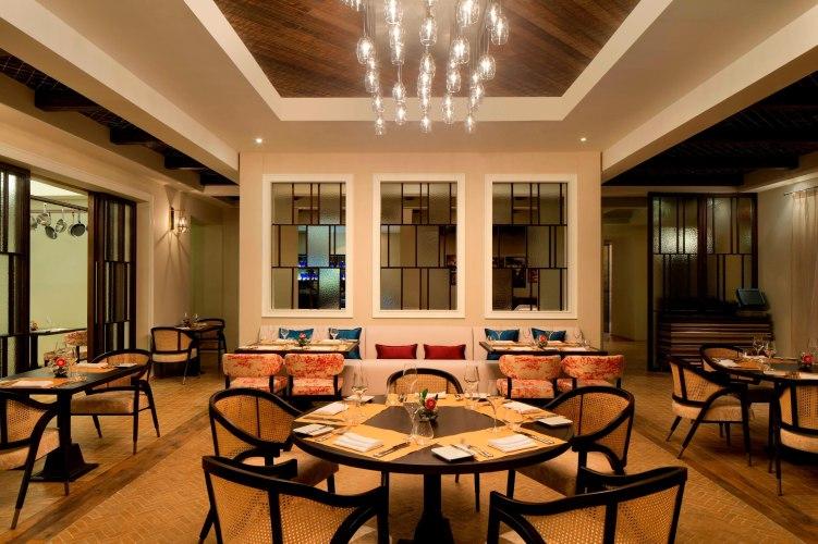 auhgw-sacci-restaurant-9419-hor-clsc