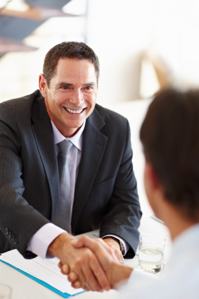 The 5 Must-Have Features of a Powerful Executive Resume