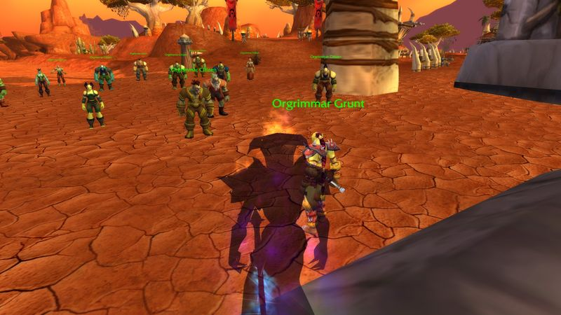 shadow priest Anexxia monitoring the inflow of citizens at the gates of Orgrimmar