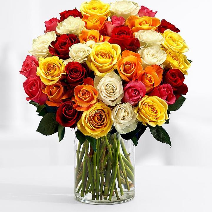 Букет 35 Разноцветных Роз