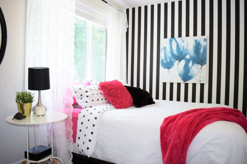 how to decorate a vintage teen bedroom