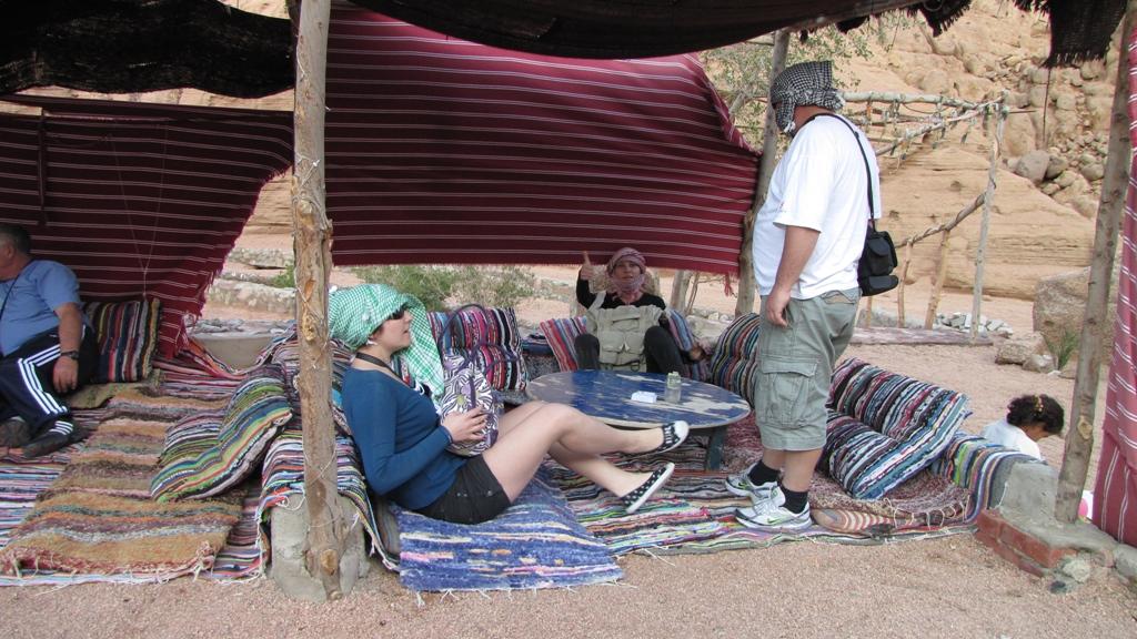 Cu ATV-ul prin deșert7 -cină la beduini