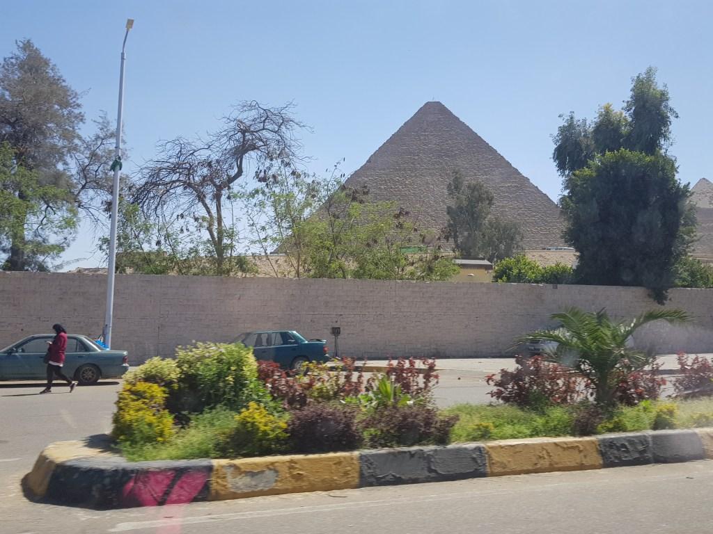 La Piramide - Cairo