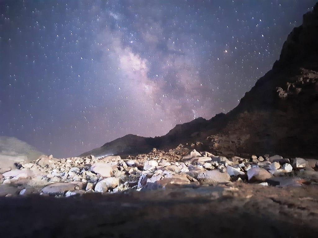 Așa a început urcarea pe Muntele Sinai: cu o ploaie de stele