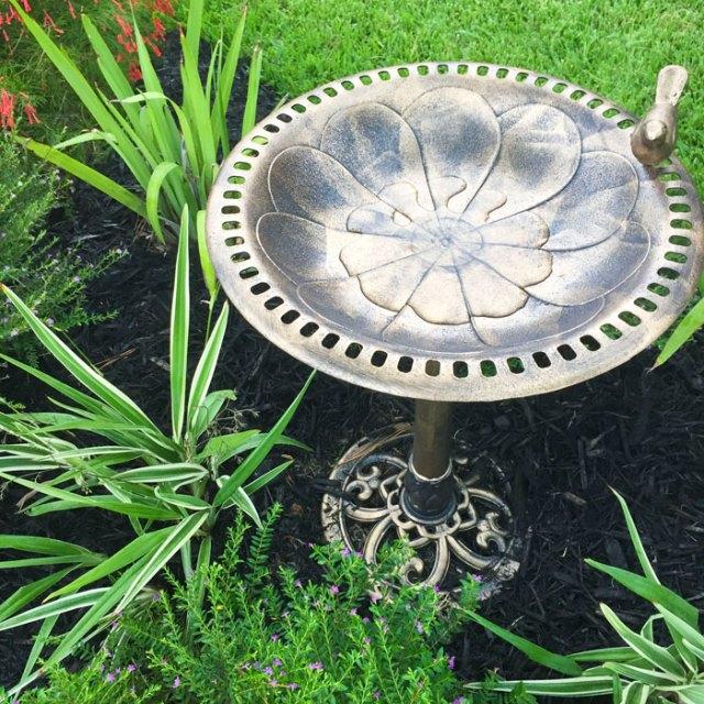Gardening: Front Yard Curb Appeal | Outdoor Living | Bird Bath | Yard Work |Flowers | Flower Bed |Home Improvement