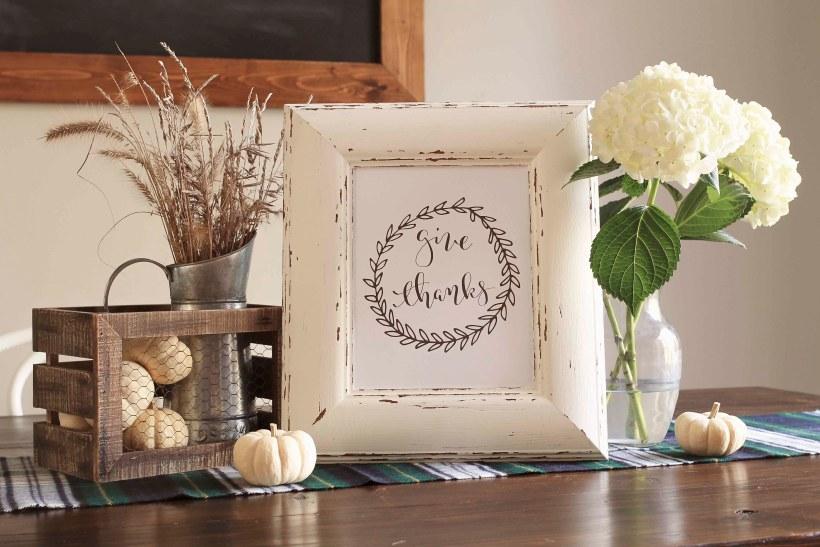 Cozy Thanksgiving tablescape