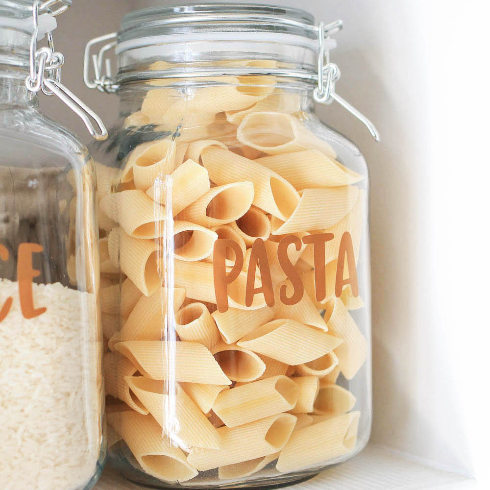 Kitchen Shelf Labels: How To Make Pantry Label Decals And Stickers