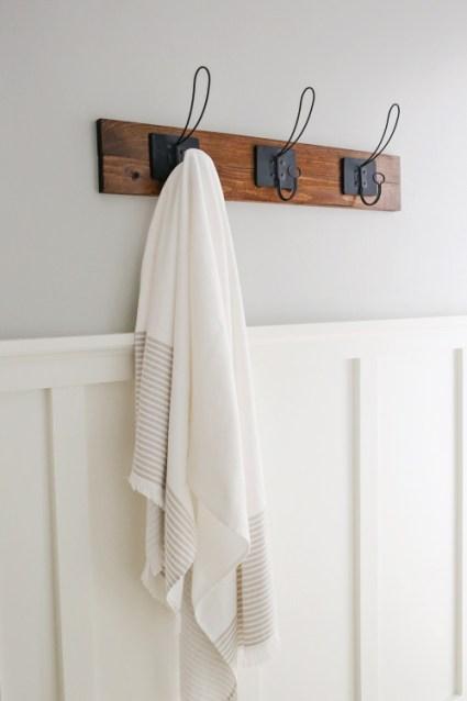 towel rack. Farmhouse Style DIY Towel Rack O