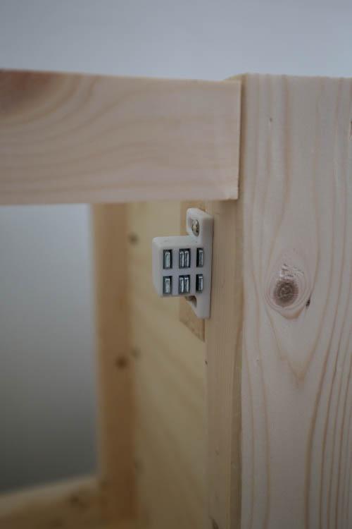 install a door magnetic catch