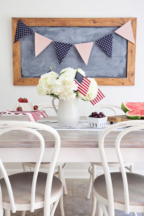 Rustic 4th of July Banner and Tablescape