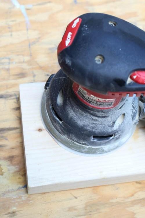 Orbital Sander sanding wood