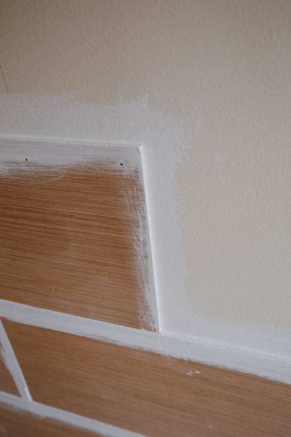 Painting side edges of shiplap boards during installation