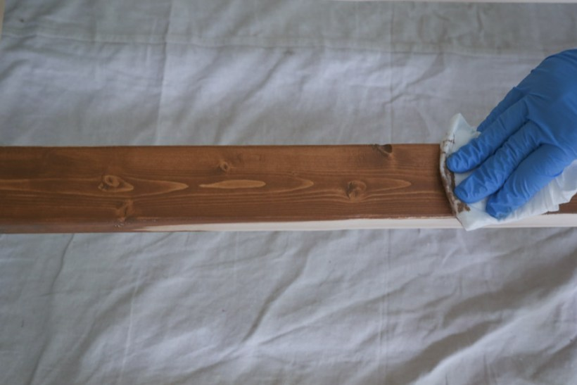 best way to apply wood stain with a rag