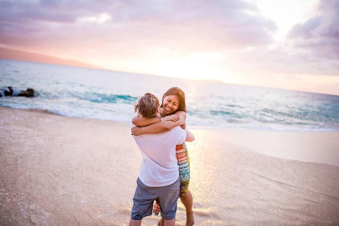 pastel sunset maui hawaii couples photographer