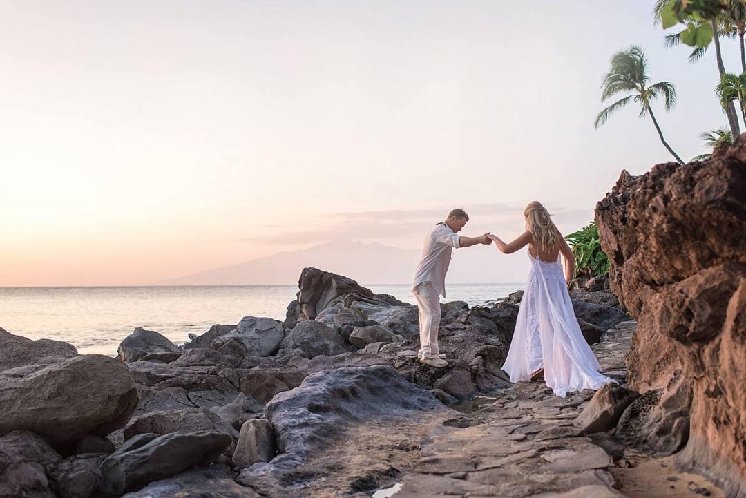 Destination Wedding at Sea House Napili - Maui Wedding Photographer_0035
