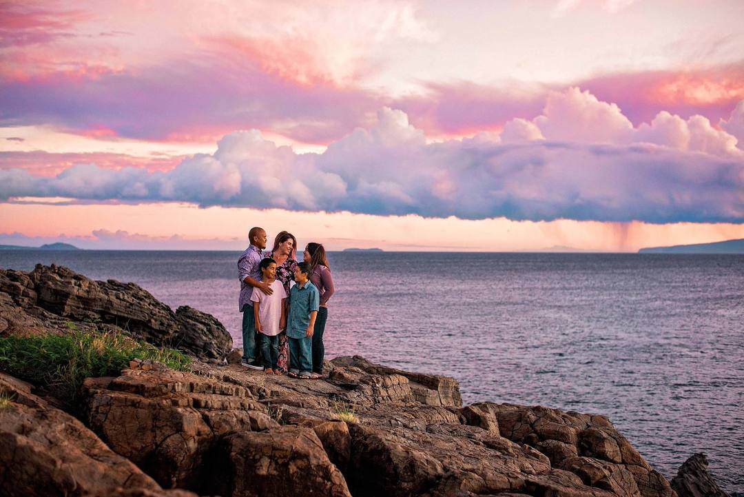 family photographer in maui, hawaii