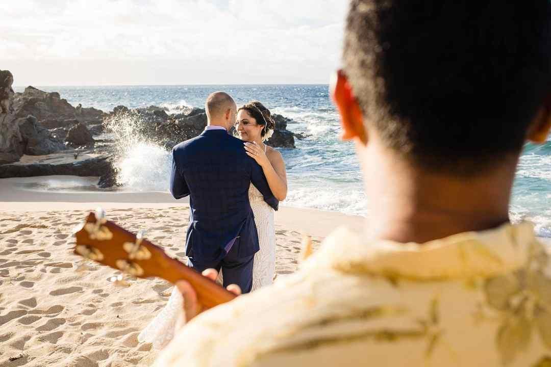 first dance on oneloa beach