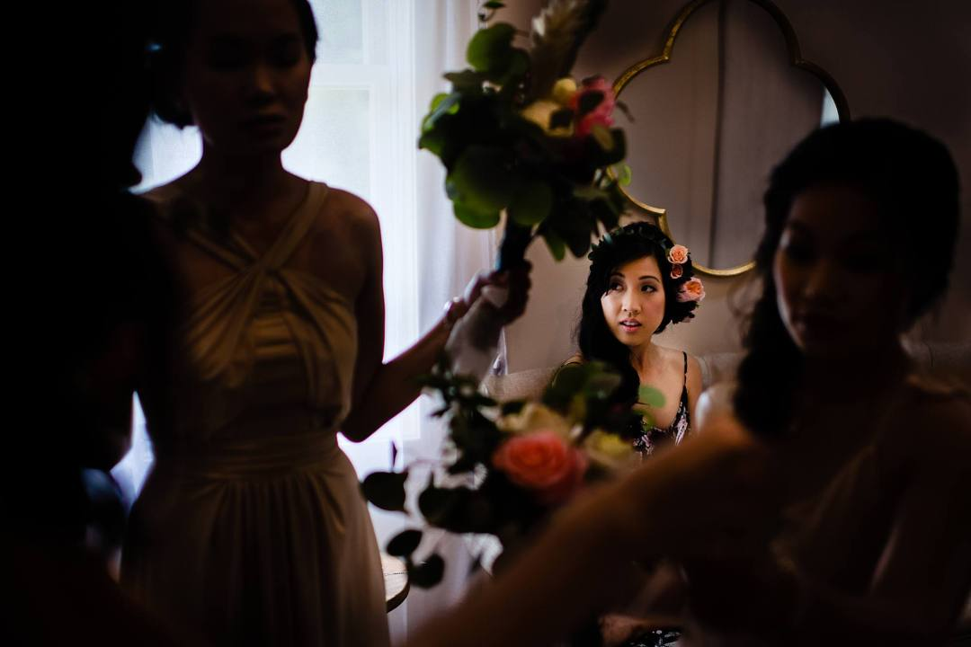bride getting ready at steeple house kapalua