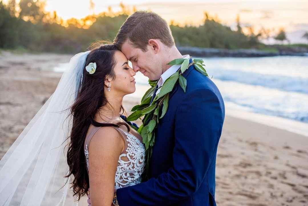 bride and groom at dt flemings beach