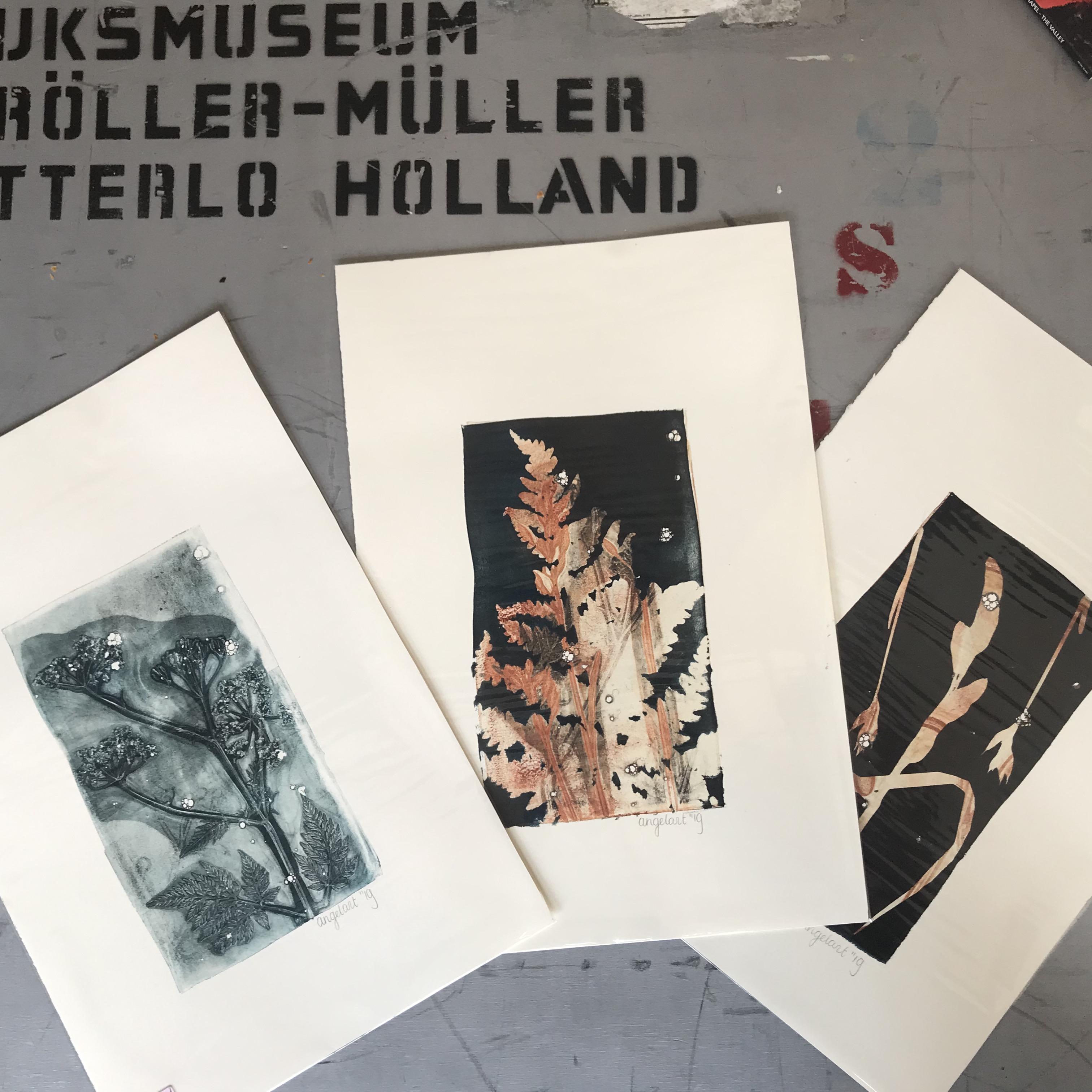 fluitenkruid, varen, bloemen Leafprint Black blue, Natuurlijk Angelart, Angela Peters. Illustraties gelatineprint