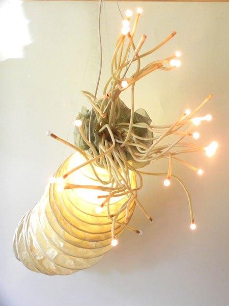 Calamar. Sculpture poulpe géant détournement de lampes.