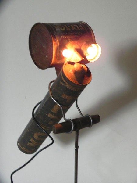 Flyrouille. Sculpture lumineuse libellule FLY-TOX.