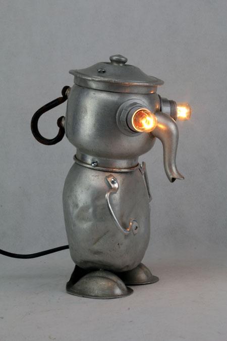 assemblage sculpture aluminium, théière, gourde