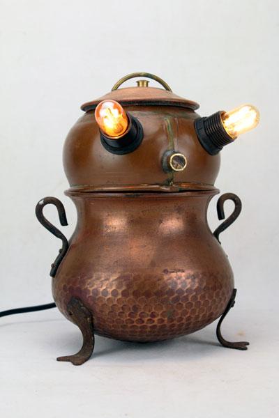 Sculpture objets populaires en cuivre, décoration rustique.
