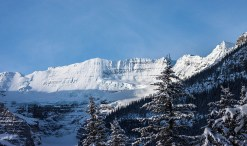 lakelouise-icewinter08