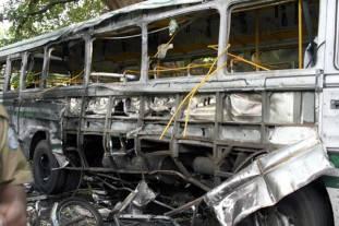 LTTE_suicide_Bomb_20080516_Colombo_01
