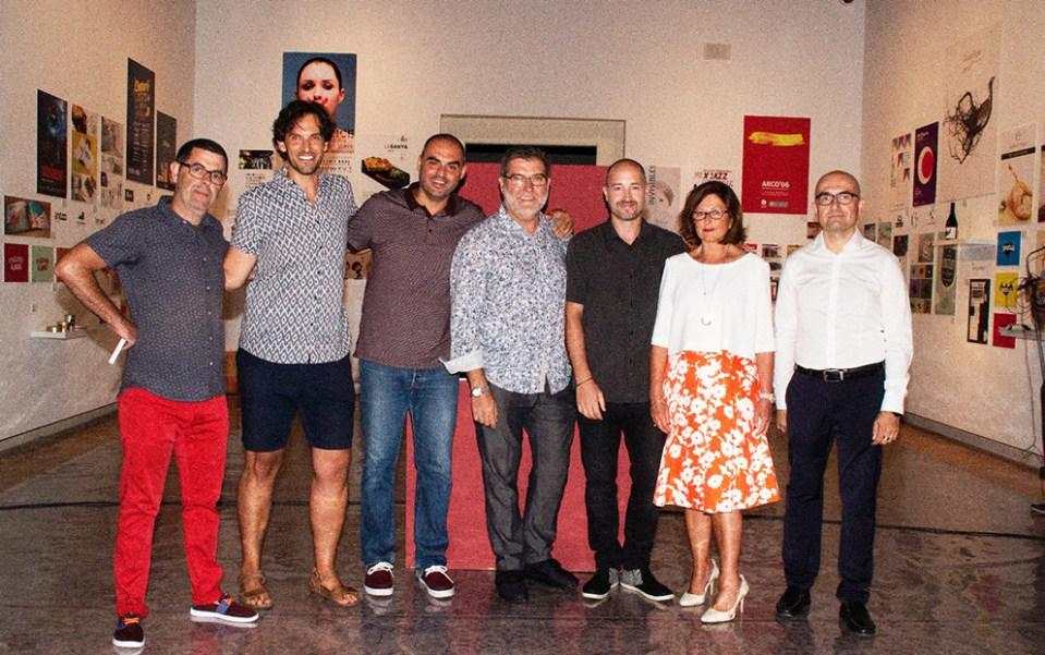 expo latidos gráficos diseño alaquàs castillo angelgrafico exposición colectiva latidosgraficos diseñadores valencianos elvira garcía toni saura