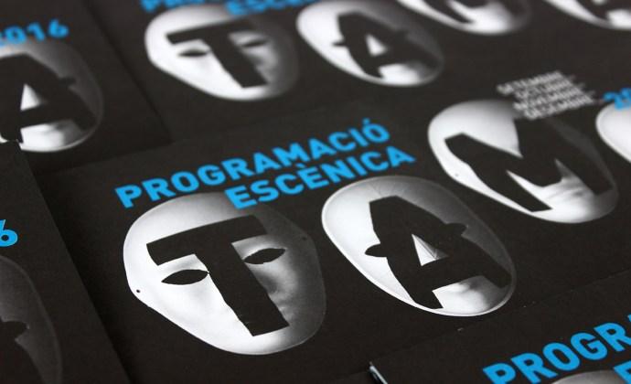 TAMA Aldaia diseño gráfico diseño experimental tipografía programación artes escénicas cultura teatro comunicación gráfica deconstrucción hilo hilar folleto tinta especial offset máscaras tipografía rotulación pantone