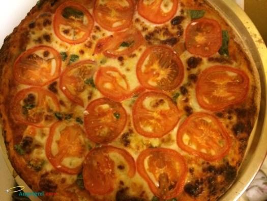 20140228-margherita-pizza