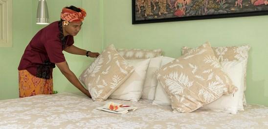 Jepun extra king size bed