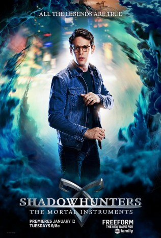 rs_634x939-151120133050-634-simon-shadowhunters.112015.ch_
