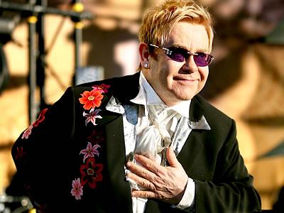Elton John  figura musical de reconocimiento mundial (4/6)