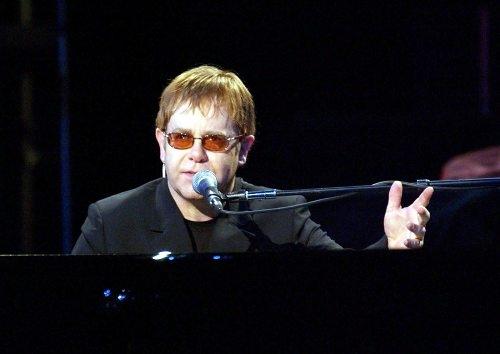 Elton John  figura musical de reconocimiento mundial (3/6)