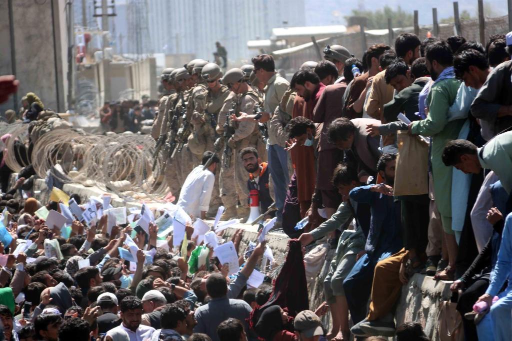 Kabul: EEUU ordena ondear las banderas a media asta en edificios públicos