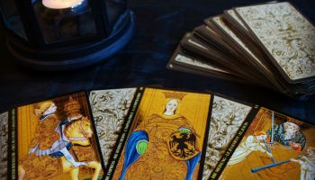 How to Create Your Own Simple Tarot Spells ⋆ Angelorum