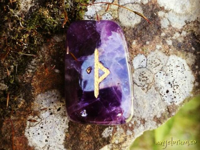 thurisaz rune of adversity