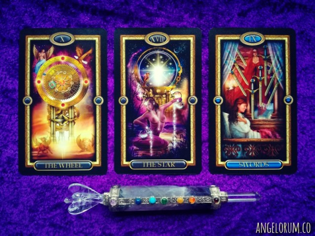 free week ahead reading pick-a-card gilded tarot royale