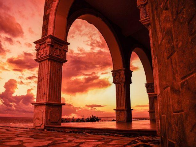 Doreen Virtue's Church of Divine Guidance
