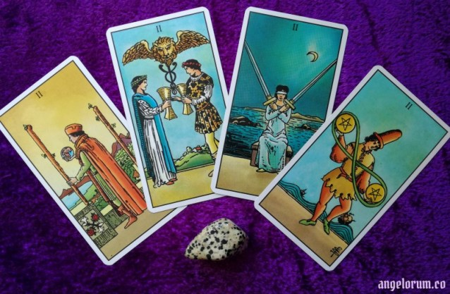 Practical Tarot card meanings the Two's