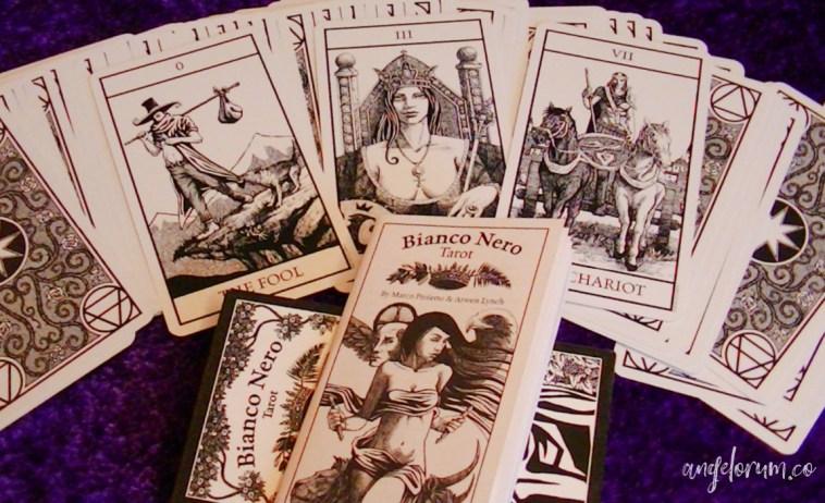 bianco nero tarot deck review