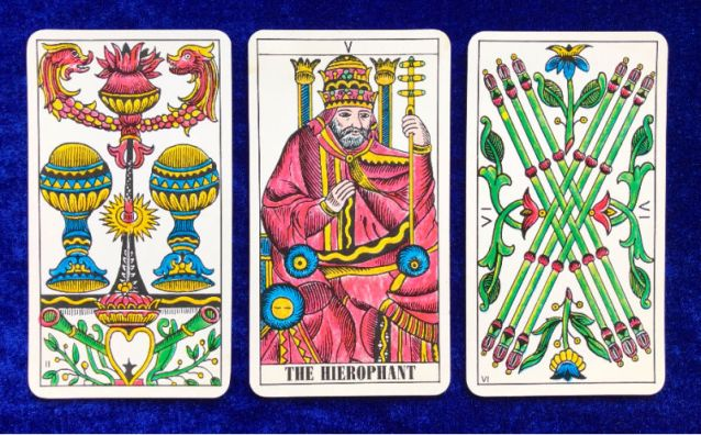 Tarot Classic Pick a Pile for the Week Ahead - pile 2