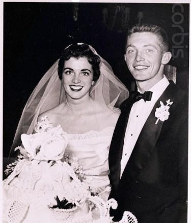 Wedding Portrait of Tony Trabert and Wife, 1953 da/from www.corbis.com