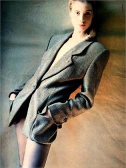 Photo by Javier Vallhonrat, 1987. Vogue Italia 1987.