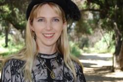 Suzanne Lazear