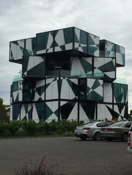 The Cube at d'Arenburg
