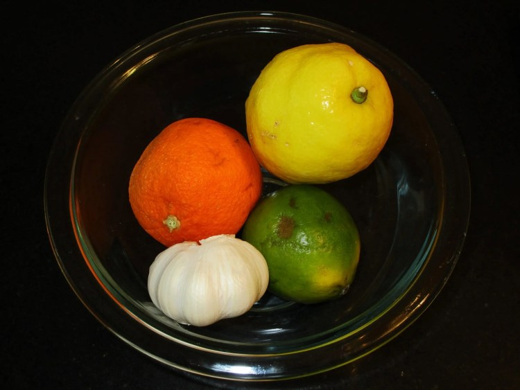 bowl of fruit for citrus chicken